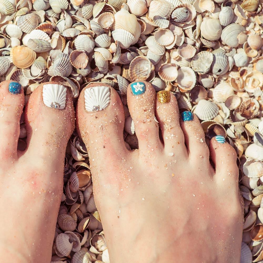 Beach Theme Toe Nails