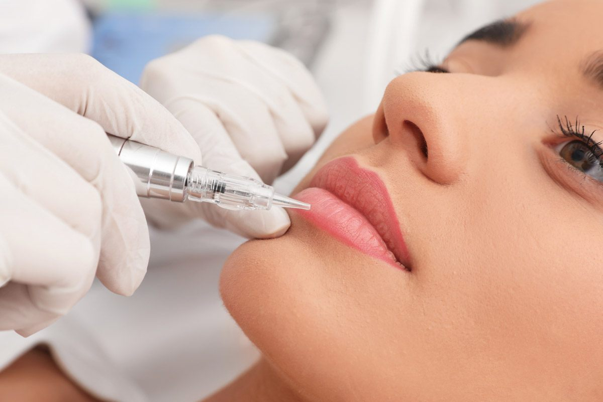 The Table-Turning Power of Modern Lip Blushing