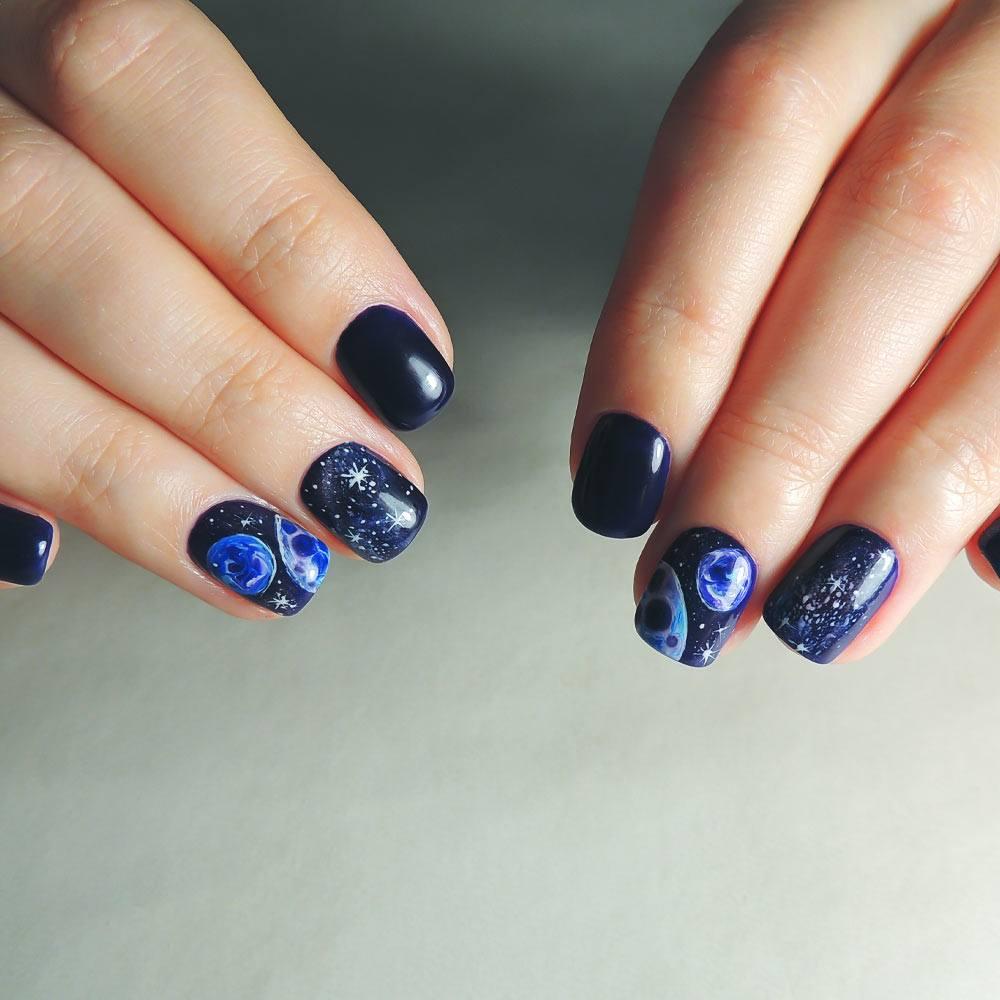 Galaxy Nails Art
