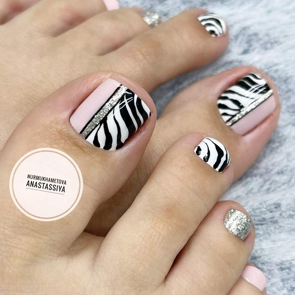 Zebra Print Toe Nails