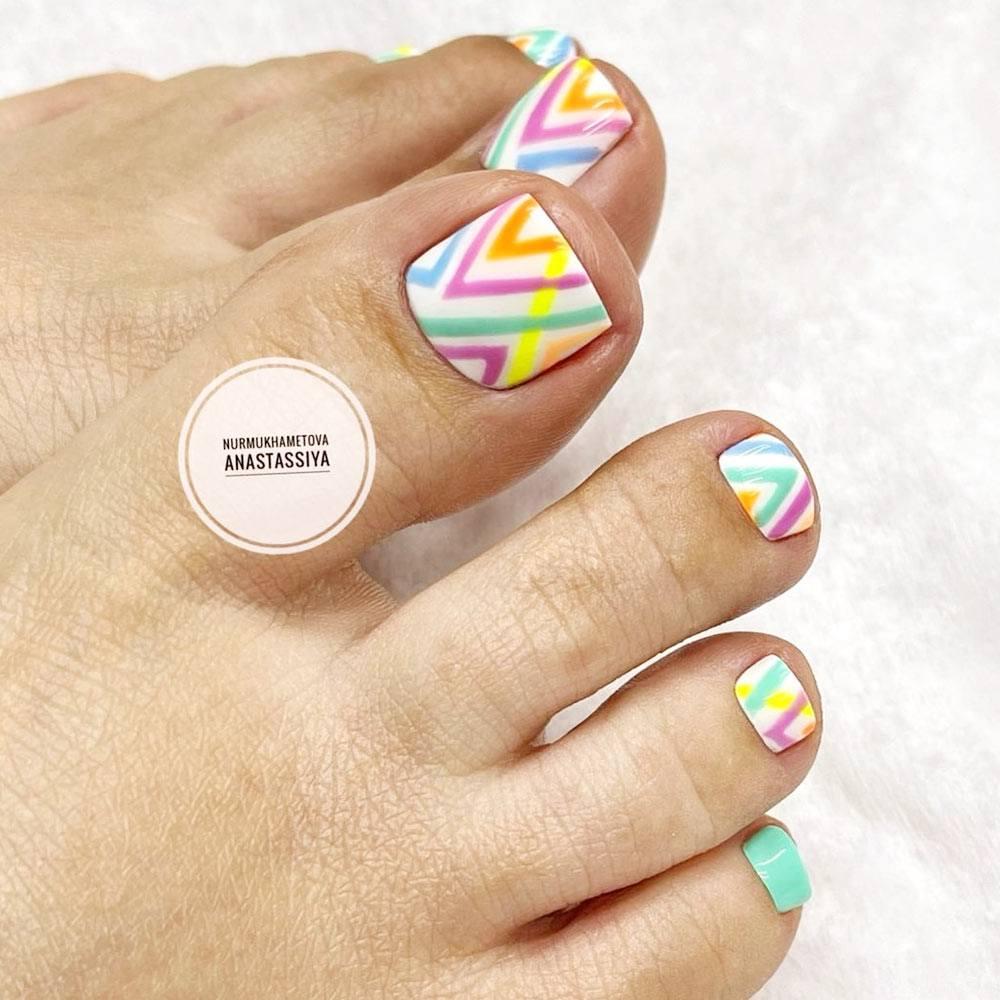 Colorful Toe Nails