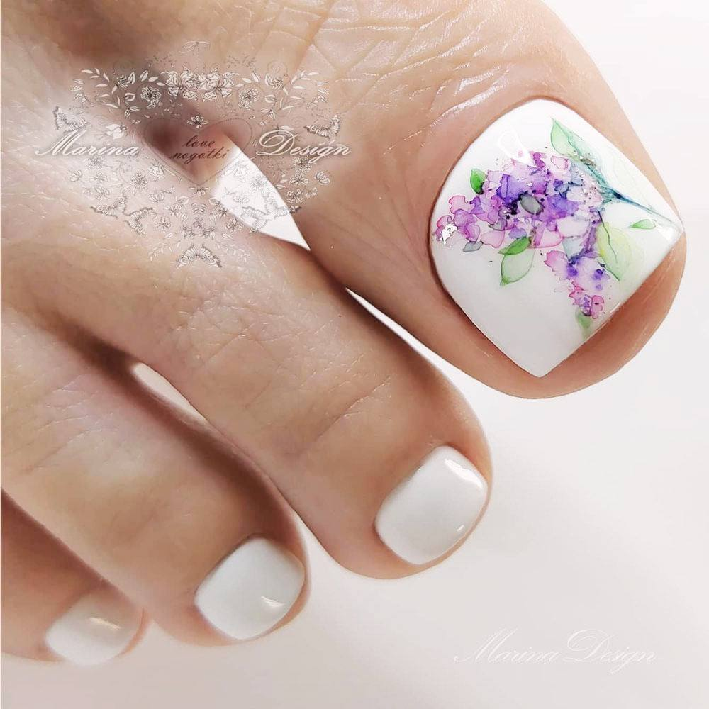 Toe Nails with Watercolor Flower
