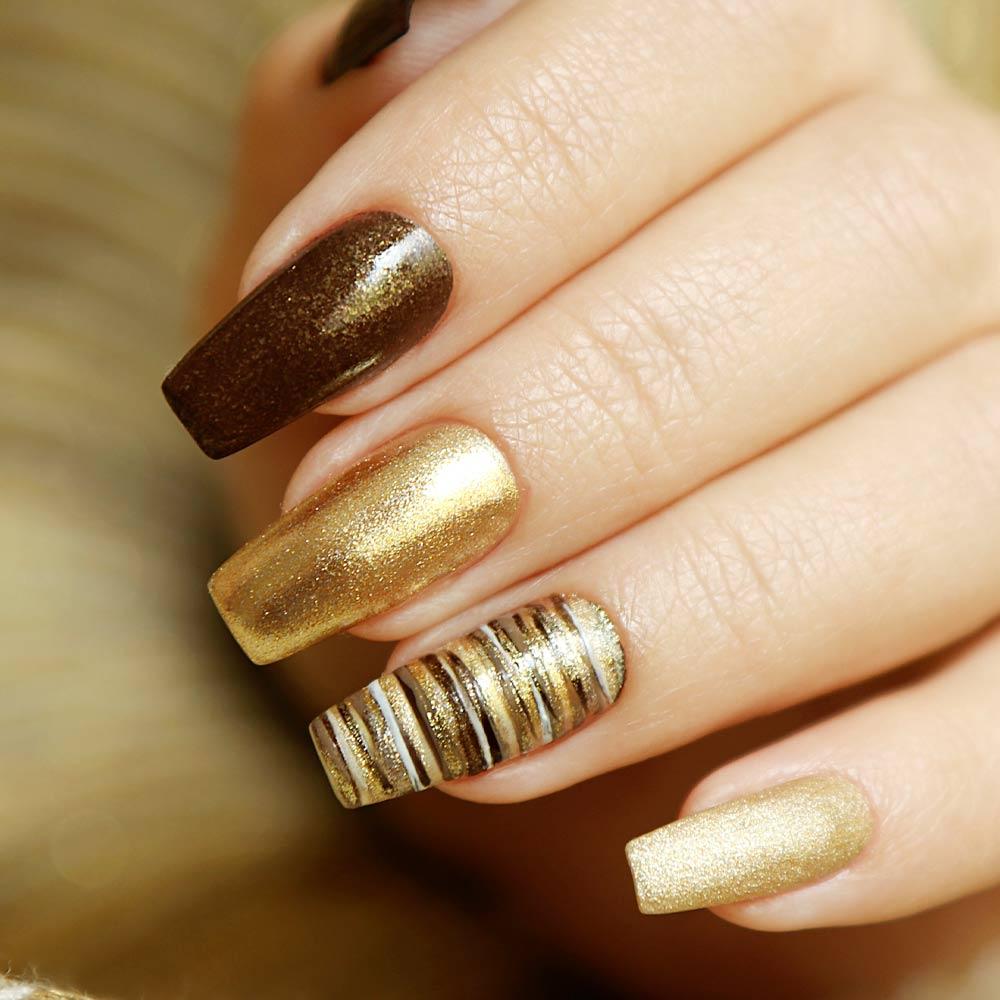 Fall Glitter Nails Design