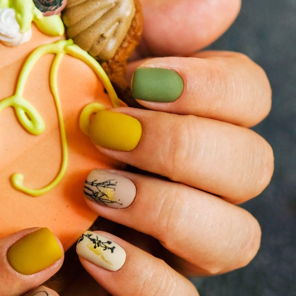 Fall Matte Nails