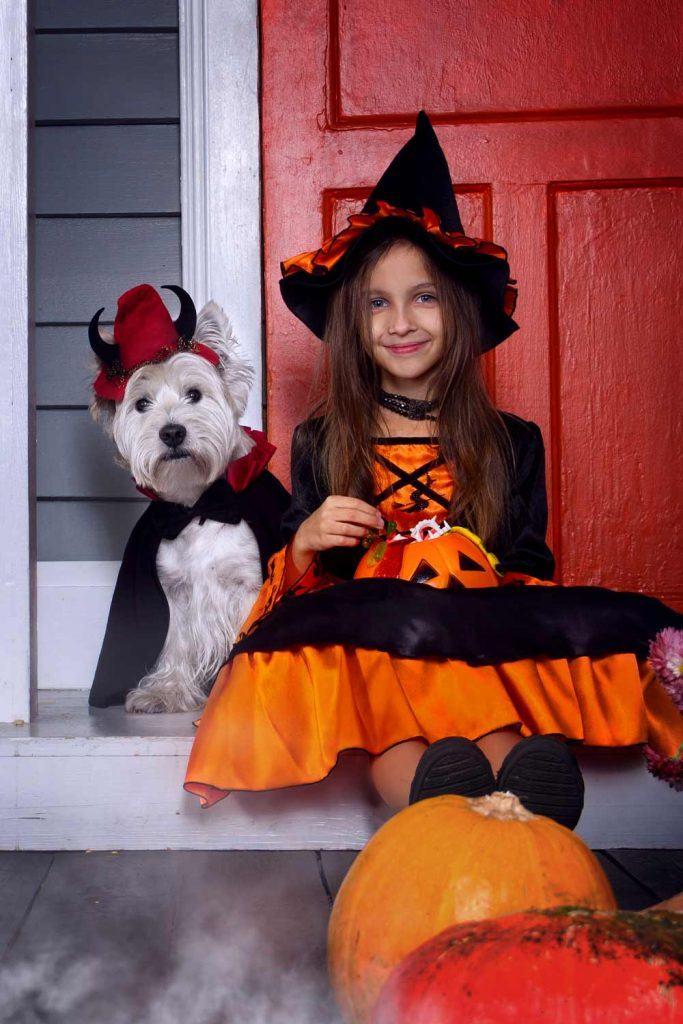 Kids Halloween Costume with Pets