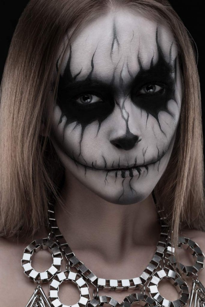 Skeleton Makeup Idea for Halloween