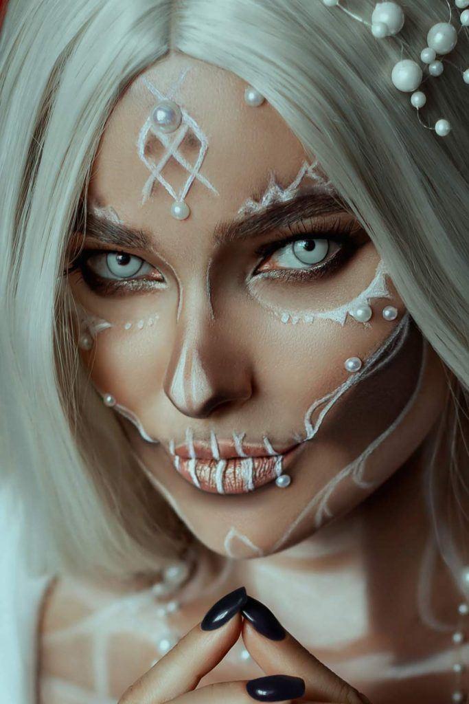 Glamorous Skull Makeup