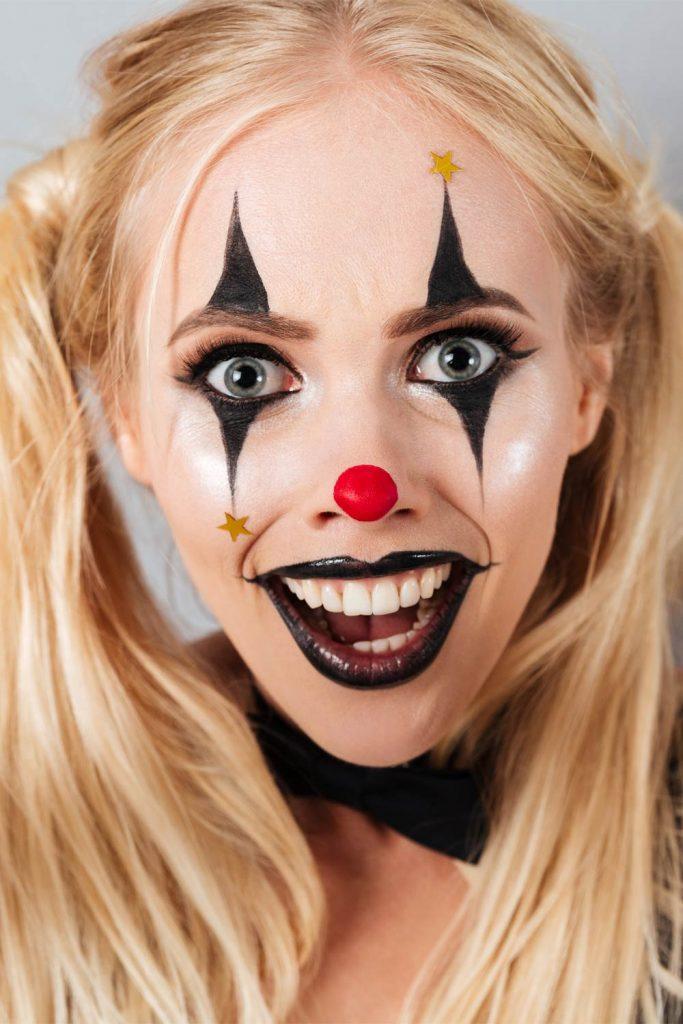 Easy Clown Makeup for Halloween
